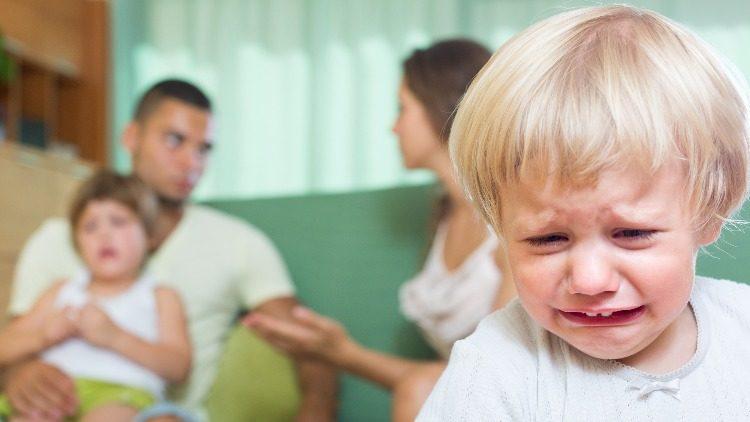 Как родители несознательно отравляют жизнь детям